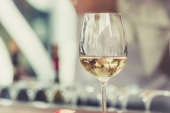mejores vinos blancos según OCU