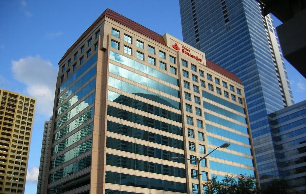 Banco Santander refuerza su negocio en Miami como cuartel general para 'ultraricos'