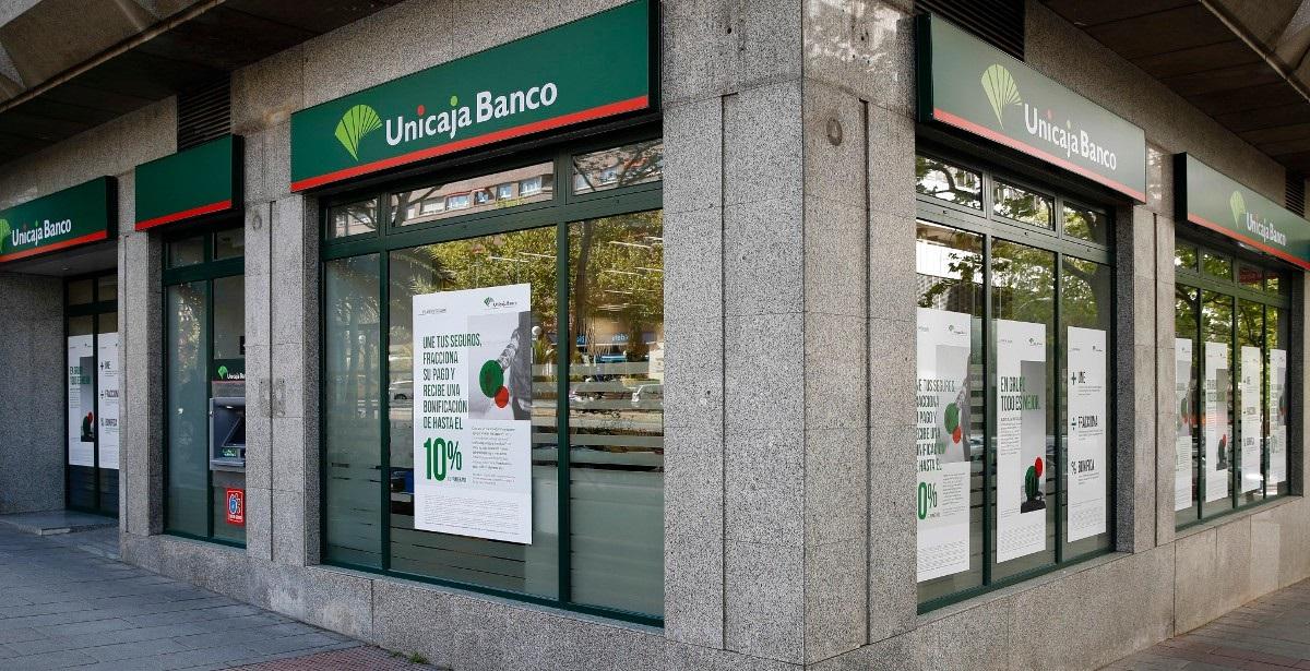 La fusión entre Unicaja y Liberbank no supondrá una sangría de empleos