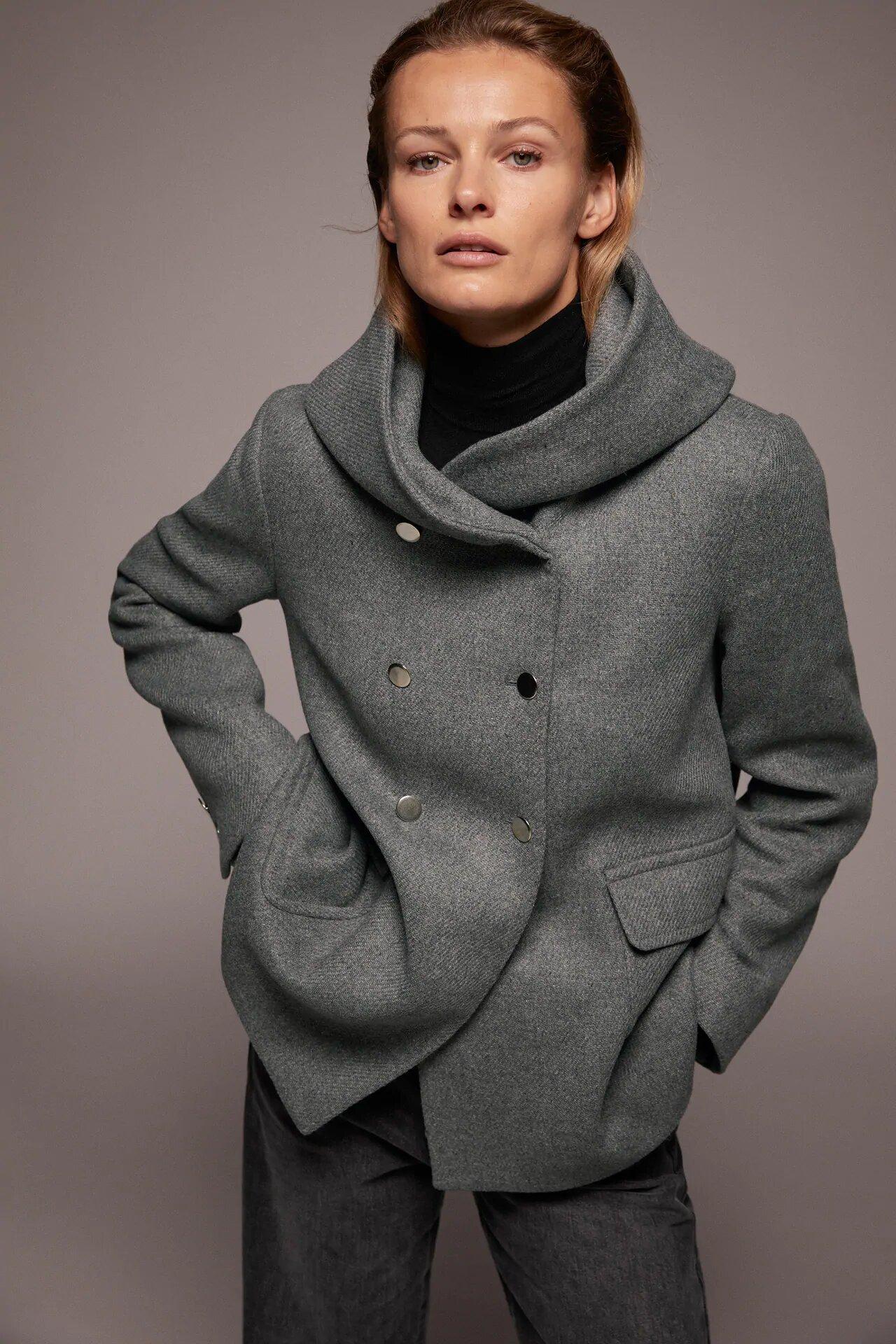 abrigo cuello envolvente zara