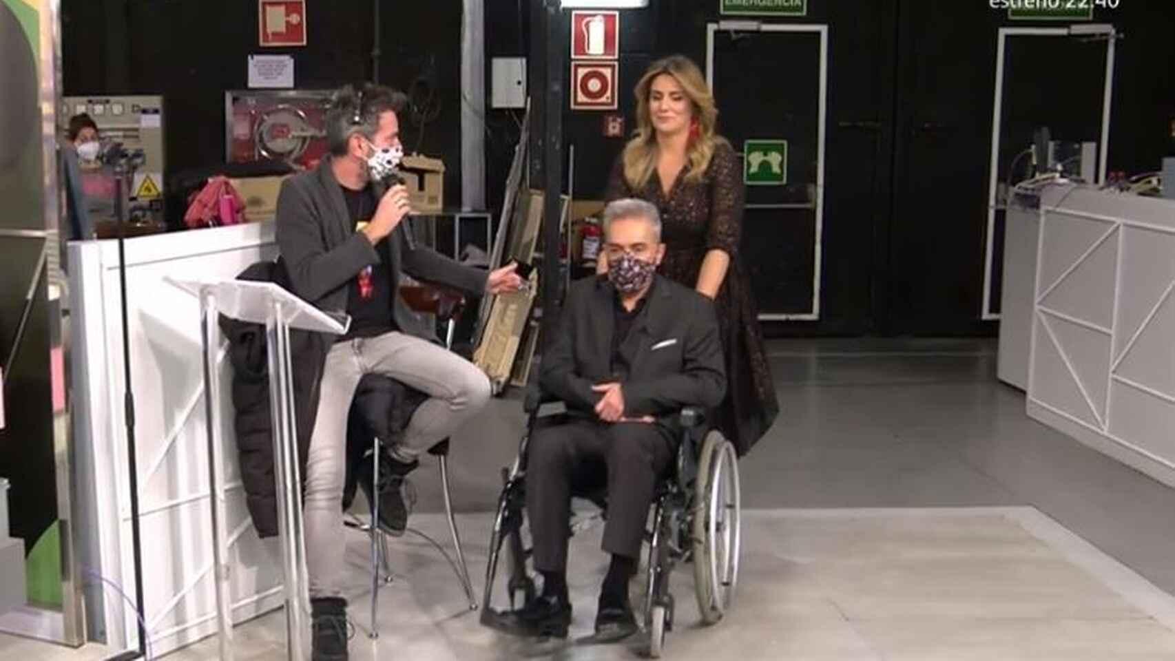 Kiko Hernández, silla de ruedas en Sálvame