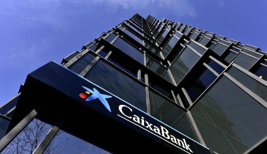 Caixabank propone reducir en 500 despidos el ERE y apostar por la voluntariedad