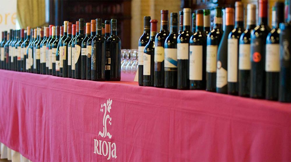 Rioja reinventa su nuevo consumidor de vino: joven, online y sin perder valor