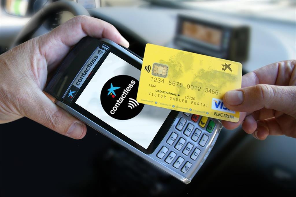 CaixaBank sugiere rebajar el IVA en los pagos con tarjeta y NFC