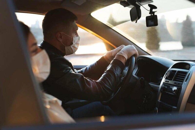 Por qué no debes dejar el gel hidroalcohólico en el coche