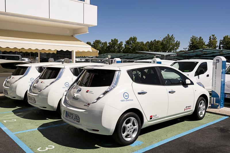 En marcha el 'Moves III', con ayudas de hasta 7.000 euros para la compra de coches eléctricos