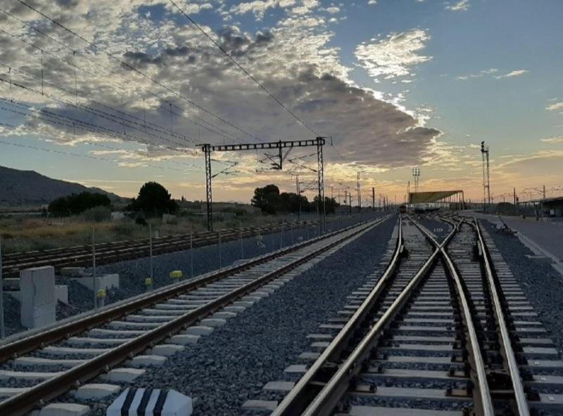 Adif licita la renovación de los circuitos de vía de la línea Madrid-Sevilla por 31 M€