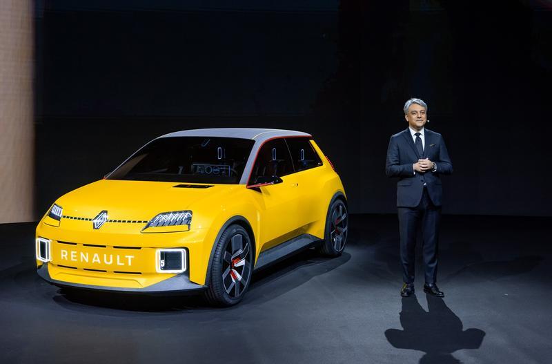 Renault reduce un 1,1% su facturación trimestral pero supera los 10.000 M€