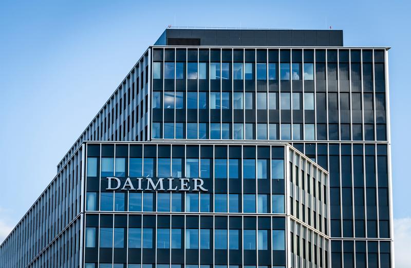 Daimler multiplica por 26 su beneficio en el primer trimestre
