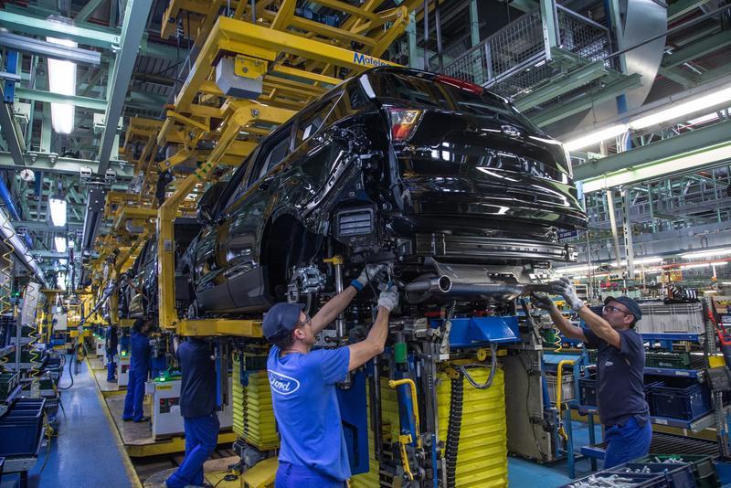 Ford Almussafes presenta el calendario del ERTE de 20 días
