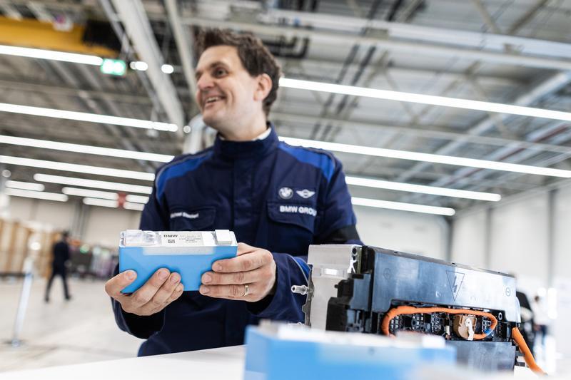 BMW invierte 250 M€ en la producción de componentes para eléctricos