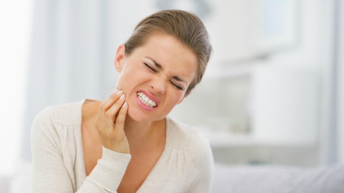 Dolor de muelas: seis trucos que te ayudarán a aliviar las molestias