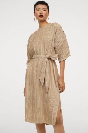 El vestido plisado