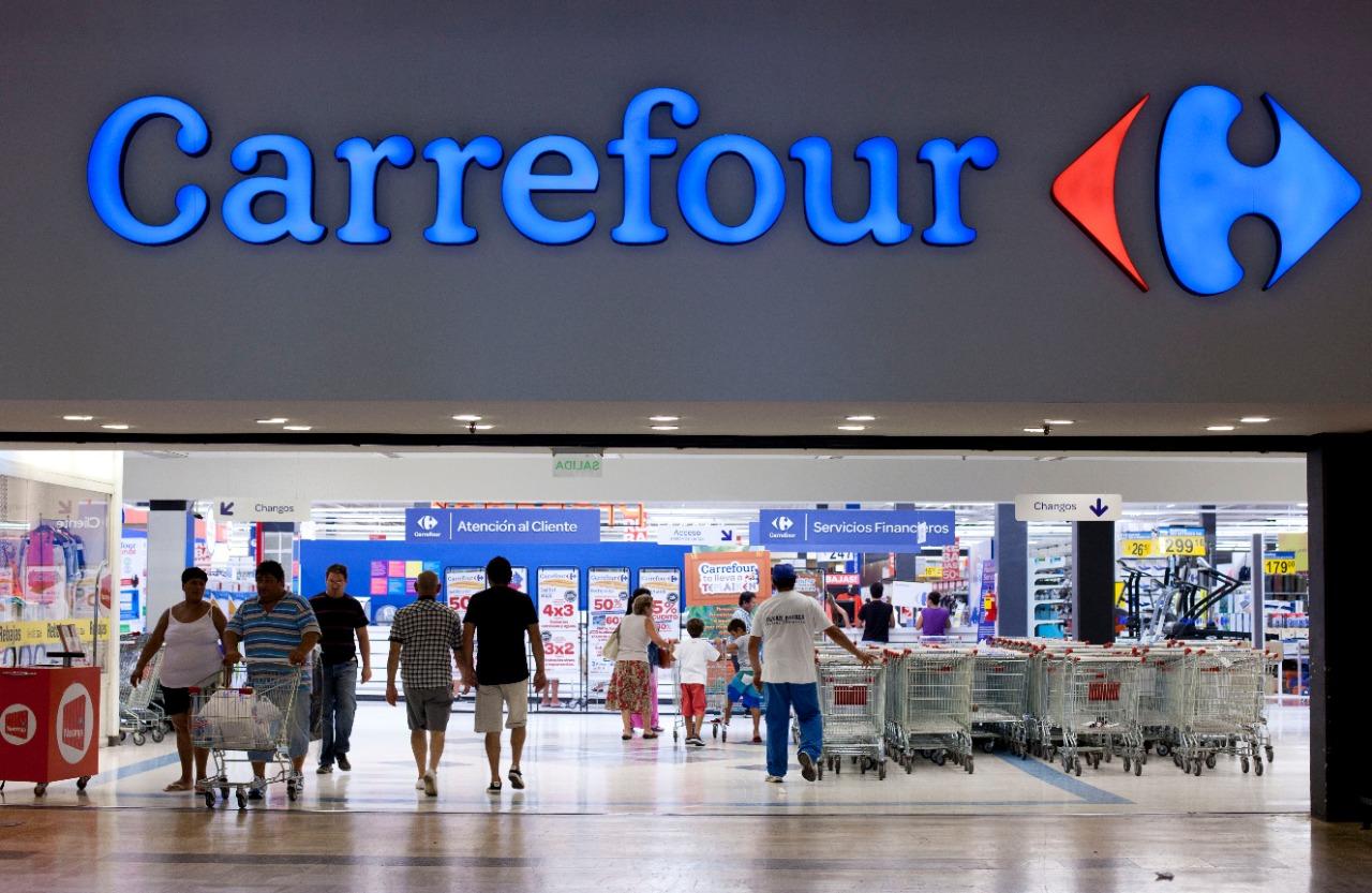 Carrefour: muebles en oferta que le dan mil vueltas a los de Ikea