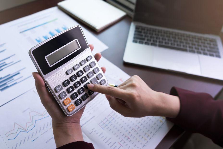 ¿Quieres pagar más o menos cuota en verano? Así puedes cambiar la base de cotización