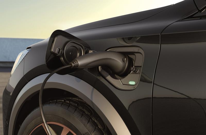 El 73% de los españoles se compraría un coche eléctrico y un 10% planea hacerlo en 2021