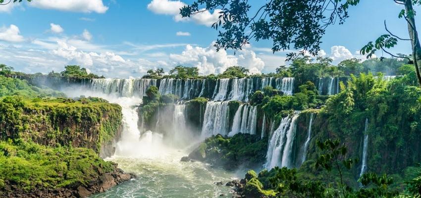 Las cascadas más impresionantes de España que deberías visitar