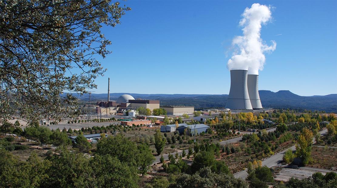 La 'jubilada' energía nuclear salva el sistema eléctrico español otro año