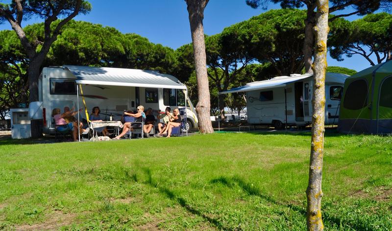 Las reservas de campings crecen un 60% tras el fin del estado de alarma, según la FEEC