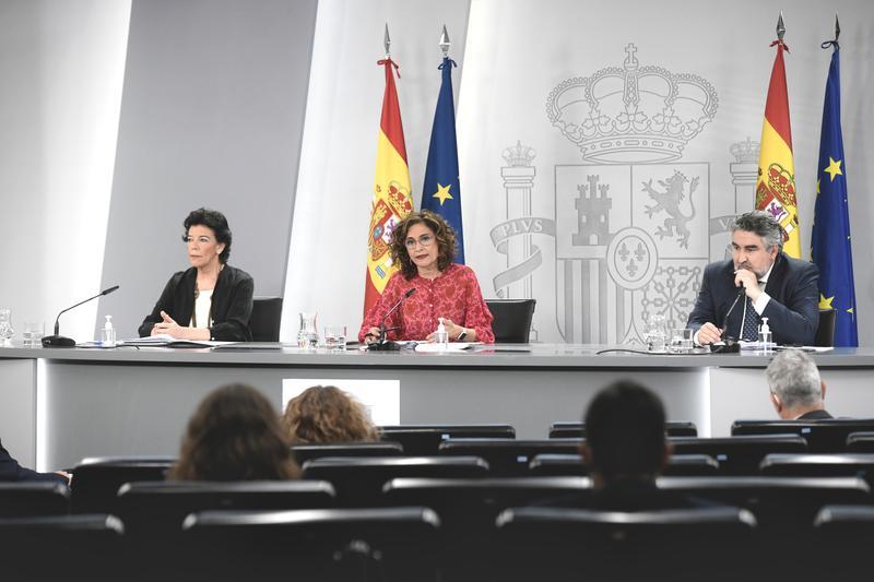 El Gobierno recurre la ley catalana de vivienda que limita los precios del alquiler, pero no la suspende