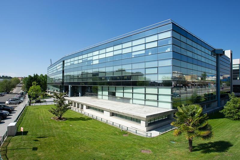 Castellana Properties vende dos edificios de oficinas por 26,5 millones de euros para centrarse en el retail