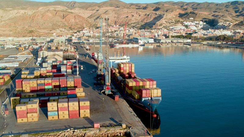El tráfico de los puertos crece un 19% en mayo pero todavía por debajo de 2019
