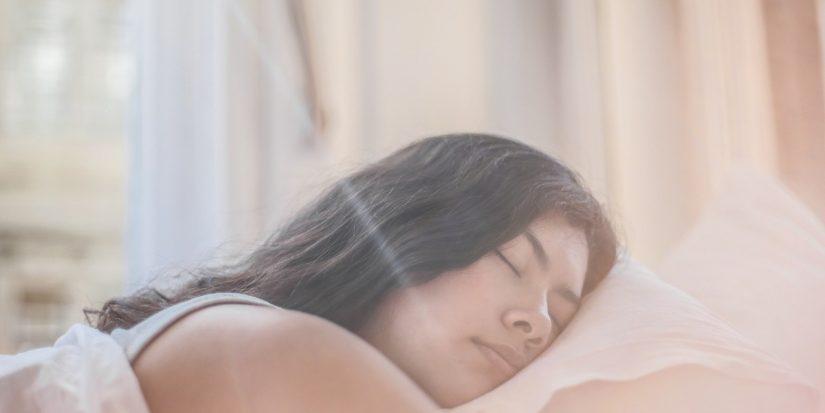 ¿Es sano el uso de ventilador para dormir?