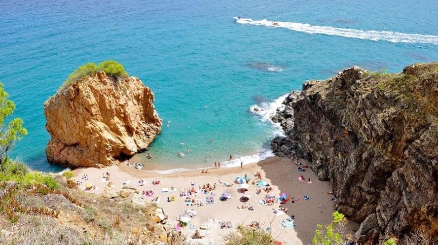 Meliá, Riu y Barceló buscan el verano de la reconquista