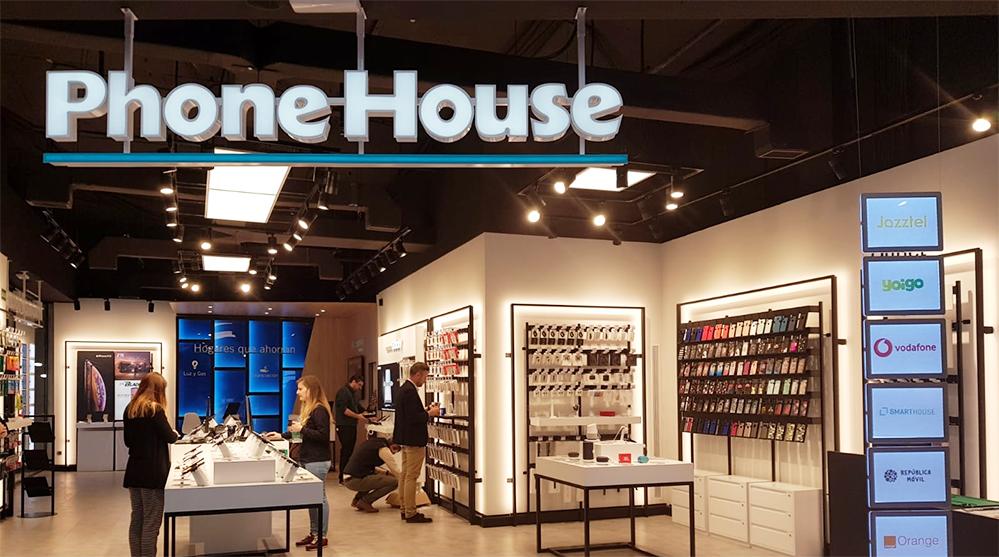 Phone House exprime sus alianzas con los operadores ante el poder de Amazon