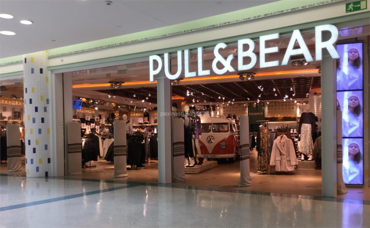 Pull&Bear rebaja el precio de sus ocho mejores bolsos de verano