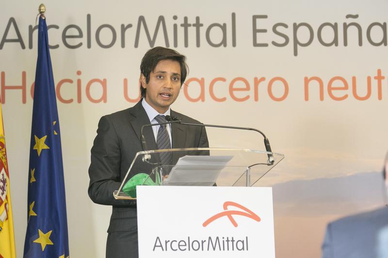 ArcelorMittal gana 5.322 M€ en su mejor primer semestre desde 2008