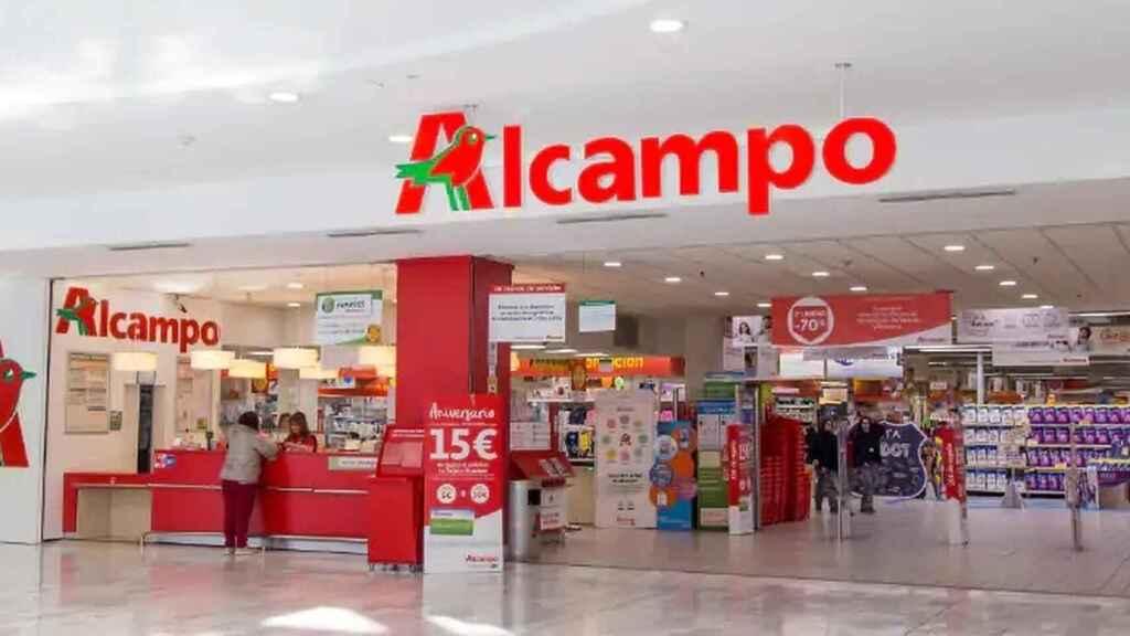 La barbacoa de un solo uso de Alcampo que solo cuesta 3,99 euros