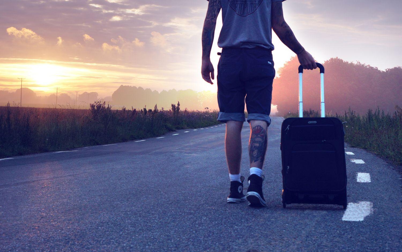 Los pasos que debes seguir para volar barato este verano