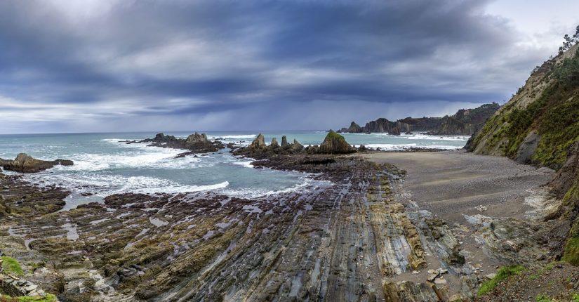 Playa de Gueirua Asturias