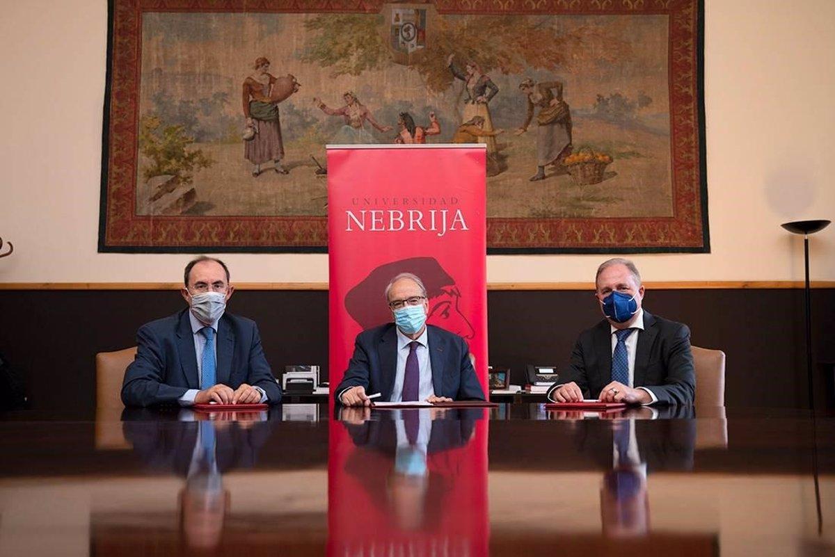 Acuerdo de formación en Ciberseguridad entre la Universidad Nebrija, Escudo Digital y Dacor Intelligence