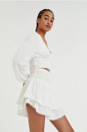 Minifalda paneles volante puntilla Pull&Bear