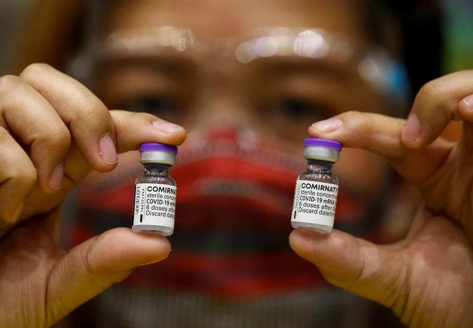 Moderna, Pfizer: ¿Quiénes y cuándo recibirán la tercera vacuna?