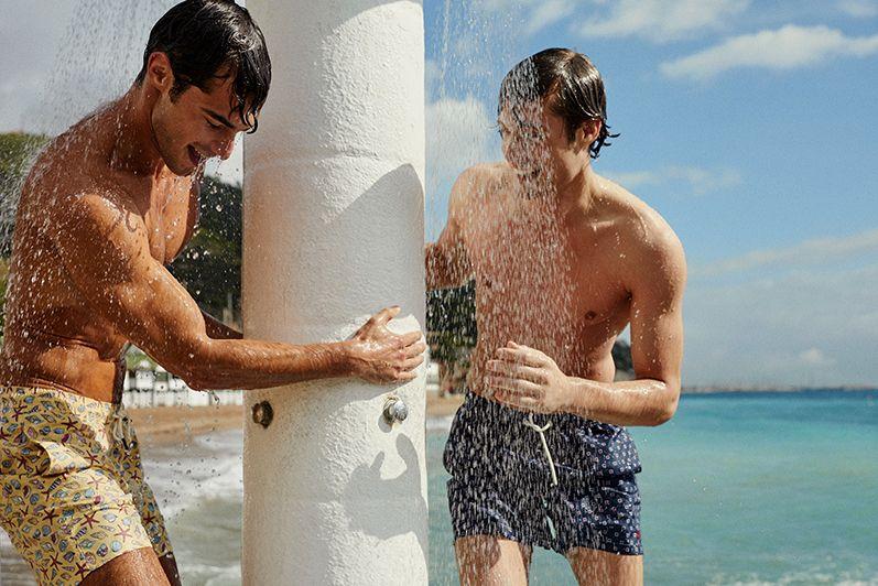 Sostenibilidad: La tendencia de baño para hombre que triunfa este verano