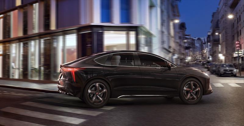 Renault presenta Mobilize Limo, la nueva berlina 100% eléctrica para taxis y VTC