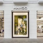 Mango: el bañador semitransparente por 19,99 euros que mejora tu figura