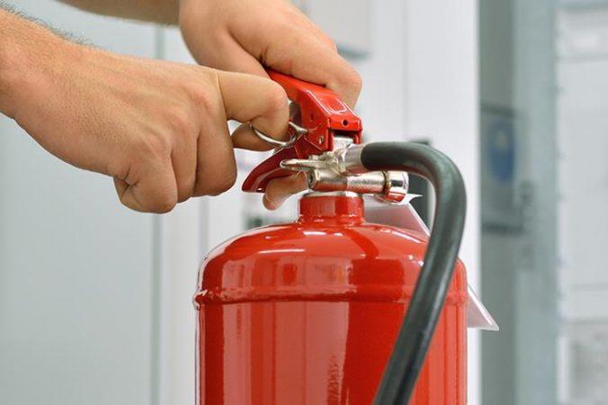 Extintor y los cargadores para los dispositivos electrónicos