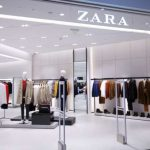 Zara: el vestido de punto y rayas que será lo más vendido este otoño