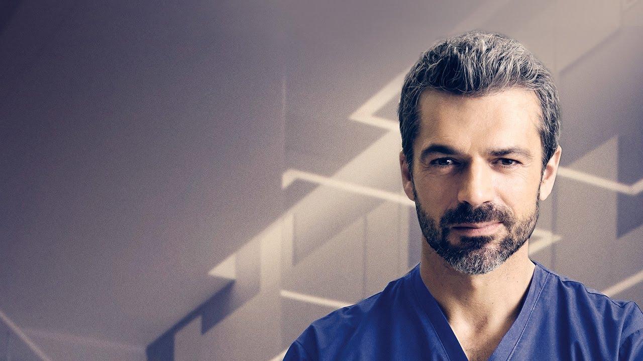 De camarero a actor: ¿Quién es Luca Argentero, protagonista de DOC?