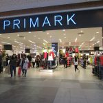 El vestido de punto de Primark que mejora a cualquiera de los de Mango