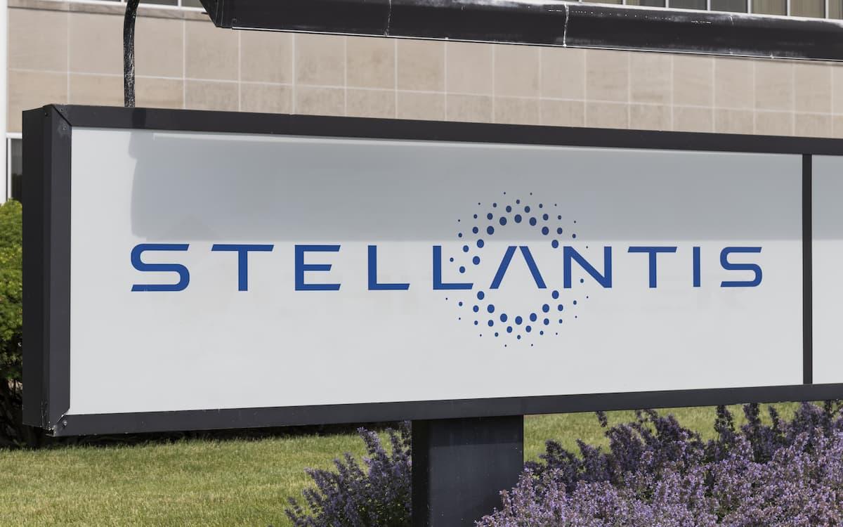 Stellantis y LG Energy Solution forman una 'joint venture' para producir baterías de iones de litio