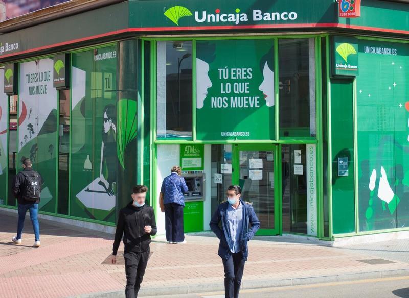Unicaja tratará con los sindicatos el ajuste el 22 de septiembre