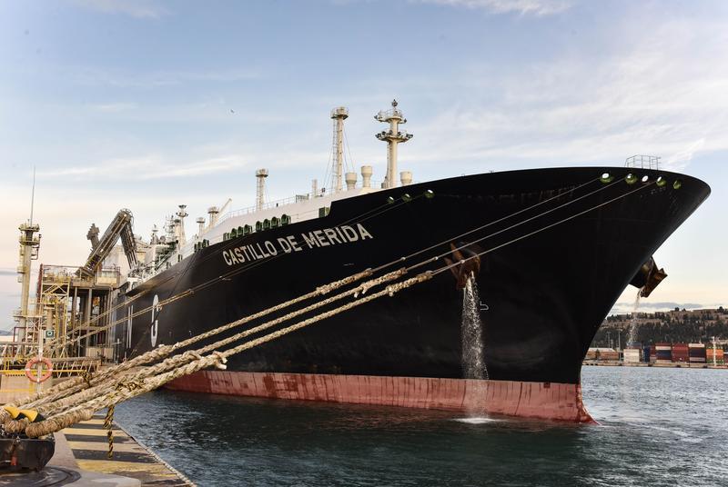 Naturgy entrega en España el primer cargamento de GNL neutro en carbono