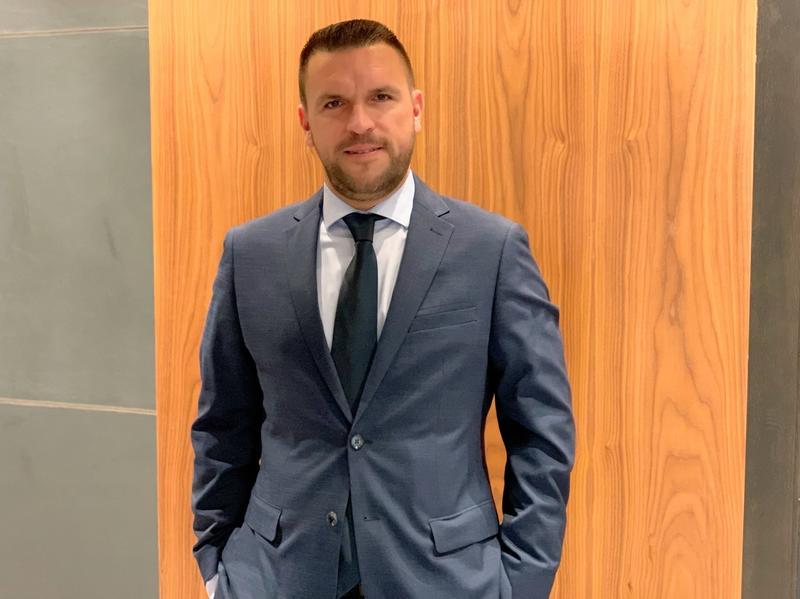Inversis ficha a Óscar Pino como director de depositaría