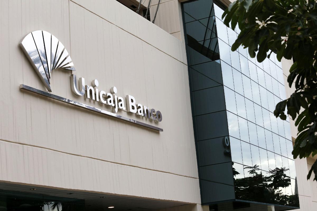 Liberbank le hace el segundo ajuste a Unicaja Banco