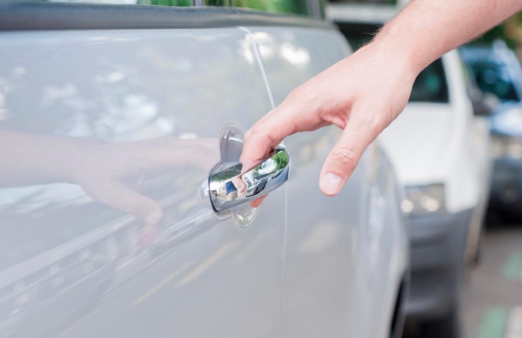 ¿Cómo se arregla la cerradura de la puerta del coche? El equipo de Car Key System S.L. nos lo muestra